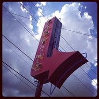 Foto tirada no(a) Tacos A Go-Go por Joshua J. em 10/21/2012