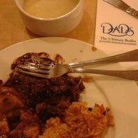5/18/2014 tarihinde Binsziyaretçi tarafından Dad's Ultimate buffet'de çekilen fotoğraf