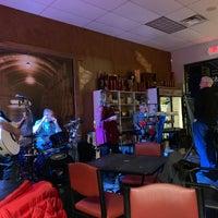 Foto scattata a Rumbleseat Wine da Patty L. il 2/9/2019