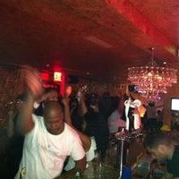 Foto tirada no(a) Vodou Bar por Troy H. em 11/2/2012