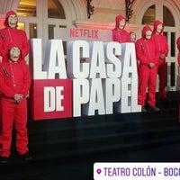 Foto diambil di Teatro Colón oleh JF pada 7/18/2019