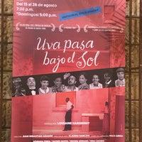 Foto diambil di Teatro Colón oleh JF pada 8/16/2018