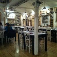 Das Foto wurde bei Mala fabrika ukusa von Ivica K. am 10/19/2012 aufgenommen