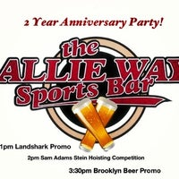 Foto tirada no(a) The Allie Way Sports Bar por SWANKY em 9/7/2013