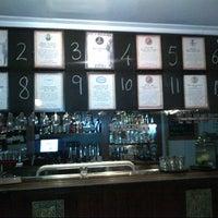 Foto tirada no(a) Harts Pub por Erik B. em 1/20/2013