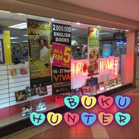 Popular Bookstore 大眾書局 Bookstore In Kuala Lumpur