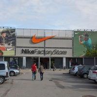 Calle cebra Egipto  Nike Factory Store - Sporting Goods Shop in La Roca del Vallès