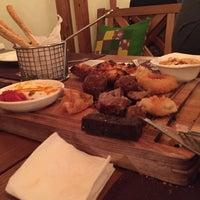 Photo prise au Pétrovič Restaurant par Boris V. le3/17/2017