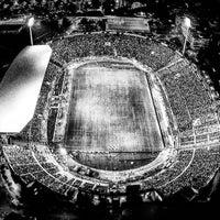 รูปภาพถ่ายที่ Toumba Stadium โดย Γήπεδο Τούμπας (Toumba Stadium) เมื่อ 10/9/2017