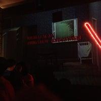 Das Foto wurde bei Bar Kim von Hank Q. am 9/7/2013 aufgenommen