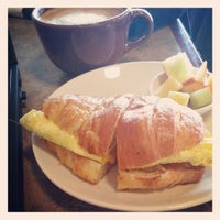 4/19/2013 tarihinde Dan S.ziyaretçi tarafından Chilkoot Cafe and Cyclery'de çekilen fotoğraf