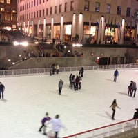10/21/2012にOmar A.がThe Rink at Rockefeller Centerで撮った写真