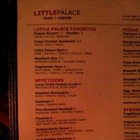 Das Foto wurde bei Little Palace von Scott B. am 11/3/2012 aufgenommen