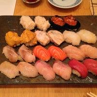 Das Foto wurde bei Sushi Yasuda von Mackenzie K. am 4/16/2013 aufgenommen
