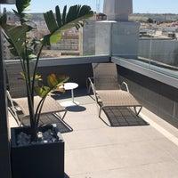 Foto diambil di Hotel América Sevilla oleh Alexander E. pada 5/15/2018