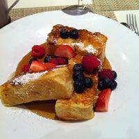 4/17/2013 tarihinde Katie A.ziyaretçi tarafından Second Floor Regionally Inspired Kitchen'de çekilen fotoğraf