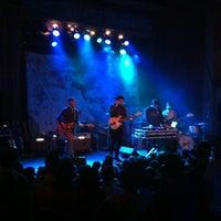 Photo prise au Bluebird Theater par Jayme B. le11/29/2012