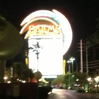 Foto tirada no(a) Palms Pool & Dayclub por Edward C. em 7/16/2013