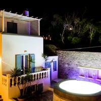 3/11/2014 tarihinde Carbonaki Hotel Mykonosziyaretçi tarafından Carbonaki Hotel Mykonos'de çekilen fotoğraf