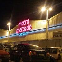 รูปภาพถ่ายที่ Macro Mercado โดย Cristian N. เมื่อ 4/1/2013
