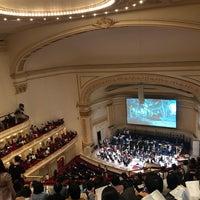 Foto scattata a Stern Auditorium / Perelman Stage at Carnegie Hall da Alex W. il 11/3/2018