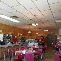 Photo prise au Pizzeria Amos par Eric N. le6/8/2017