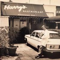 Foto scattata a Harry's Coffee Shop da Harry's Coffee Shop il 3/20/2014