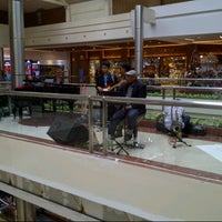 Foto diambil di Pondok Indah Mall oleh Febyawan W. pada 11/18/2012
