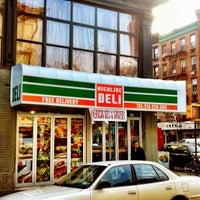 Снимок сделан в Highline Deli пользователем Tom K. 11/26/2012