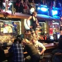 Foto scattata a Coyote Ugly Saloon da Danny M. il 4/4/2013