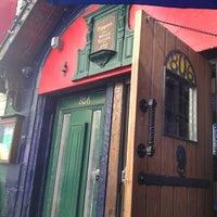 Photo prise au Pippin's Tavern par Courtney B. le5/29/2013