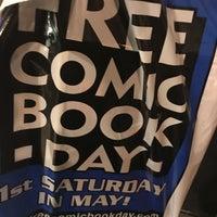 Photo prise au Carmine Street Comics par Lynne d J. le11/21/2017