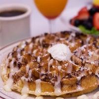 Foto tirada no(a) Johnny D's Waffles and Bakery por Johnny D's Waffles and Bakery em 10/17/2016