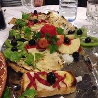 Foto tirada no(a) Restaurante Dias por Rui C. em 10/4/2013