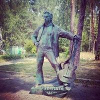 Снимок сделан в аллея высоцкого пользователем Люба Ш. 7/30/2014