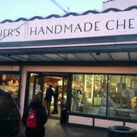 Foto tirada no(a) Beecher's Handmade Cheese por Kenneth L. em 11/27/2012