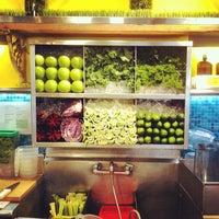 10/26/2012 tarihinde Daniel C.ziyaretçi tarafından Liquiteria'de çekilen fotoğraf