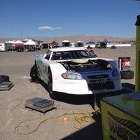 Photo prise au Bullring at Las Vegas Motor Speedway par Sal S. le10/25/2013