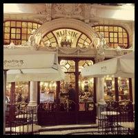 Foto tirada no(a) Majestic Café por João A. em 12/29/2012