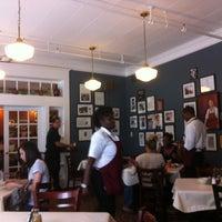 Das Foto wurde bei Mary Mac's Tea Room von Brianna M. am 7/1/2013 aufgenommen