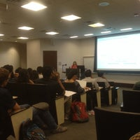 รูปภาพถ่ายที่ Mays Business School โดย Saleh A. เมื่อ 10/6/2014