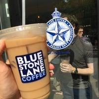 Das Foto wurde bei Bluestone Lane von Danley H. am 9/19/2016 aufgenommen
