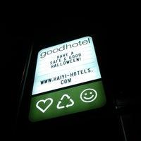 รูปภาพถ่ายที่ Good Hotel โดย Maddalena P. เมื่อ 10/10/2012