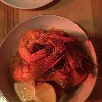 Foto scattata a SELECT Oyster Bar da Güzin il 11/15/2017