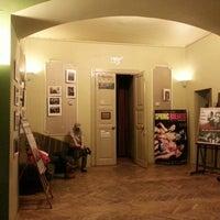 Foto tirada no(a) Kino Ars por Magda B. em 4/6/2013