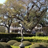 Foto tomada en Calhoun Mansion por Constance P. el 3/9/2013