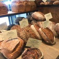 Photo prise au GAIL's Bakery par Nada A. le8/14/2018