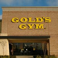 Das Foto wurde bei Gold's Gym von Gold's Gym am 3/26/2014 aufgenommen