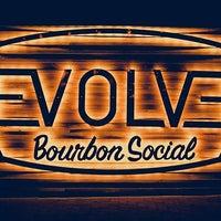 "Das Foto wurde bei REVOLVER ""A BOURBON Social"" von REVOLVER ""A BOURBON Social"" am 10/13/2015 aufgenommen"