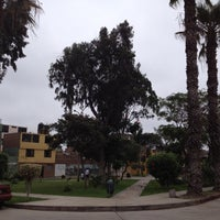 9/15/2012 tarihinde Raffo T.ziyaretçi tarafından Parque 9 - Virgen del Carmen'de çekilen fotoğraf
